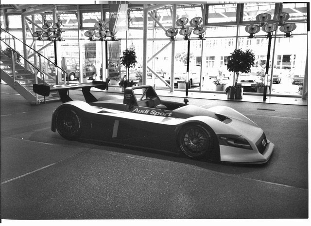 To celebrate a cancelled meeting three hours away, here are Audi's 1999 prototype prototypes.