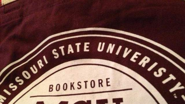 Missouri State University Misspells Own Name on Bags Given to Students