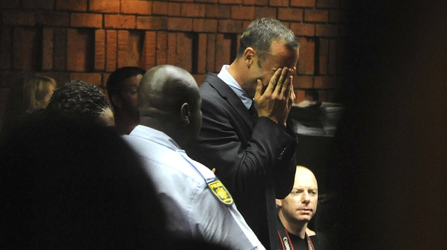 "Reports: A Bloodied Cricket Bat Was Found At Oscar Pistorius's Home And Reeva Steenkamp's Skull Was ""Crushed"""