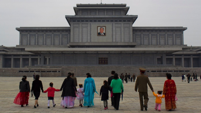 Odd Snapshots of Everyday Life in North Korea