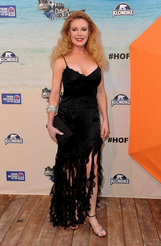 Fashion At The Hoff's Roast: Baywatch Boobalicious!