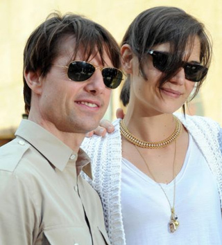 Katie Holmes Designs Dresses For Thetans; 12% Of Designers Not Expected To Survive Recession
