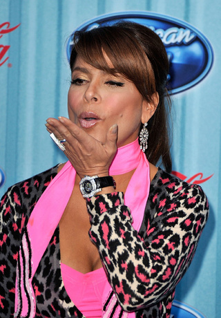 Paula Abdul Kisses Idol Goodbye; Penelope Cruz Pregnant