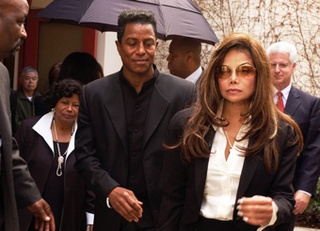 LaToya Jackson Believes Michael Was Murdered