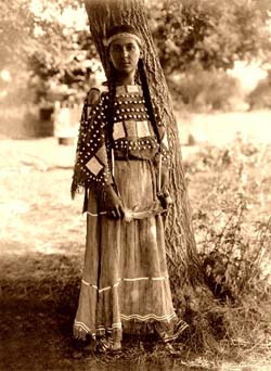 Native american clothing stores