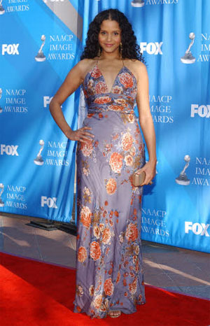 Stars Rock The Red Carpet At NAACP Image Awards
