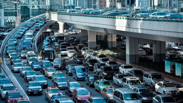 Click here to read Most Traffic Jams Are Caused By Just a Handful of Idiots