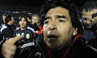 "Maradona Tells His Critics To ""Suck It"", Also ""Keep On Sucking it"""