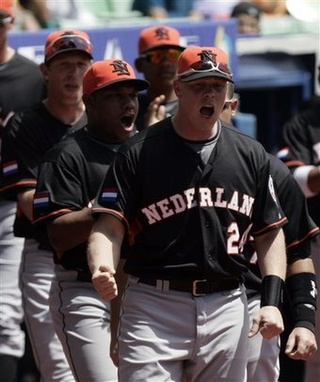 Wacky Dutchmen Upset Dominican Republic
