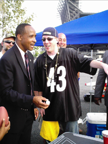 Lynn Swann Brings Many Skills To The Political Table