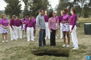 The Neighbors Episode 1.20 Promo Photos