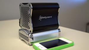 Cryptic Infinity Ward Messages Show off Branded Mini-PC