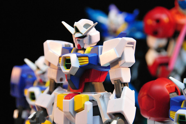 Let's Look at Plastic Mechs!