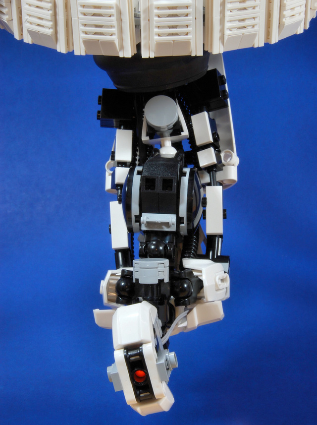 GLaDOS is Still Mildly Terrifying, Even When she's Made out of LEGO