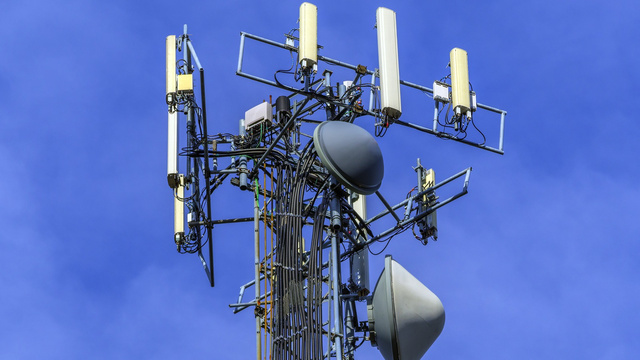 Click here to read Why T-Mobile's 4G Network Could Kick Everybody's Ass