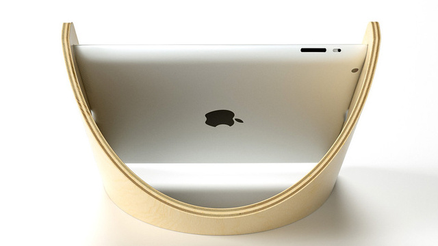 Click here to read The Sne Stand Cradles Your iPad In Its Graceful Curve