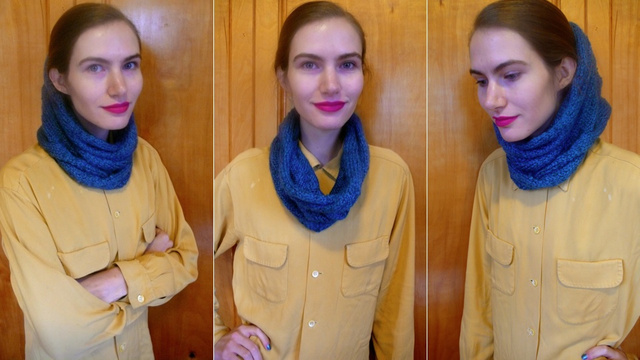 How To Knit A Burberry-Inspired Cowl