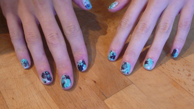How To Give Yourself Paint-Splattered Jackson Pollock Nails