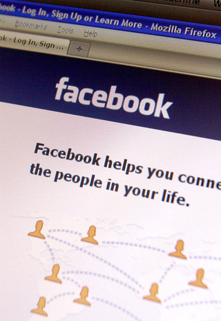 Man Allegedly Assaults Wife For Not Liking His Facebook Status