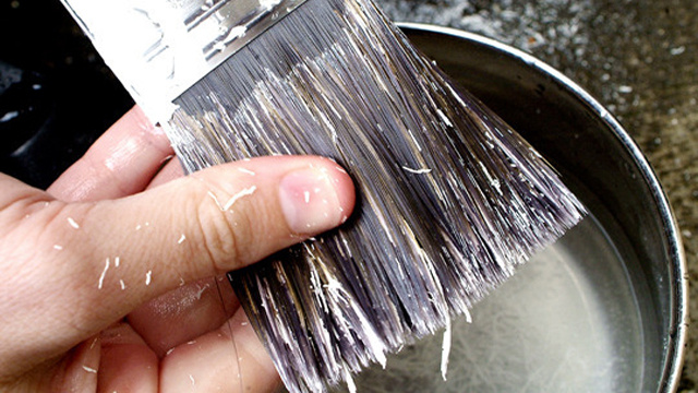 Use Vinegar to Clean Dry, Dirty Paint Brushes