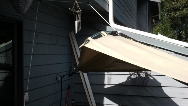 Add a Pulley to Your Hammock to Create a Convertible Sunshade