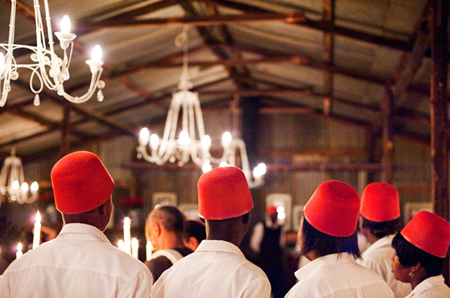 """Colonial""-Themed Wedding Included Authentic All-Black Servant Staff"