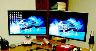 Do Widescreen Monitors Hamper Productivity?