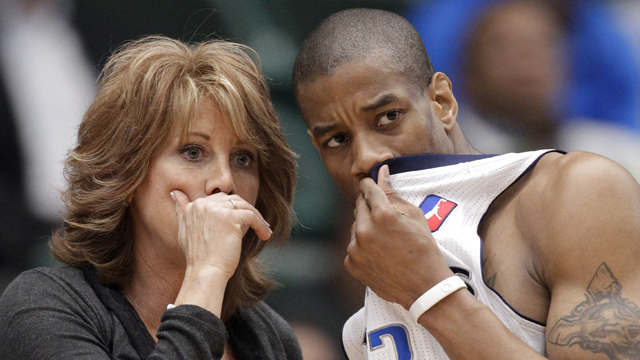 Female Basketball Coach Says Women In Sports Can Be  quot Petty quot Female Sports Coach