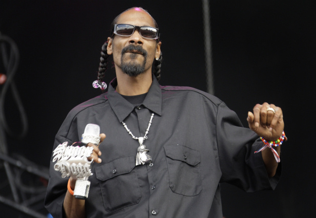 "Snoop Dogg Shooting for ""Biggest Diva at Sundance"" Award"