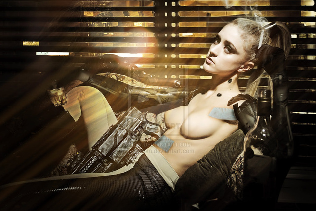 Deus Ex's Sexy Pin-Up Photo Shoot (What?)
