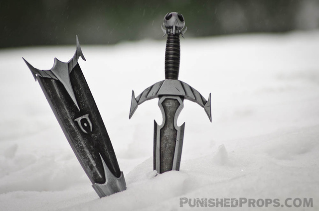 Is This a Handcrafted Skyrim Replica Dagger I See Before Me?