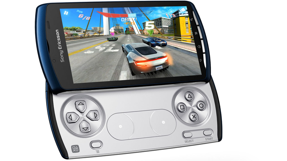 The Xperia Play 4G Brings Shitty AT&T Performance to the PlayStation Phone