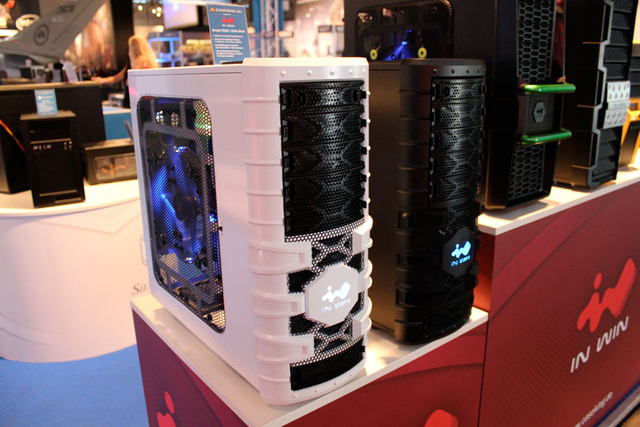 The Fancy PC Cases of Gamescom