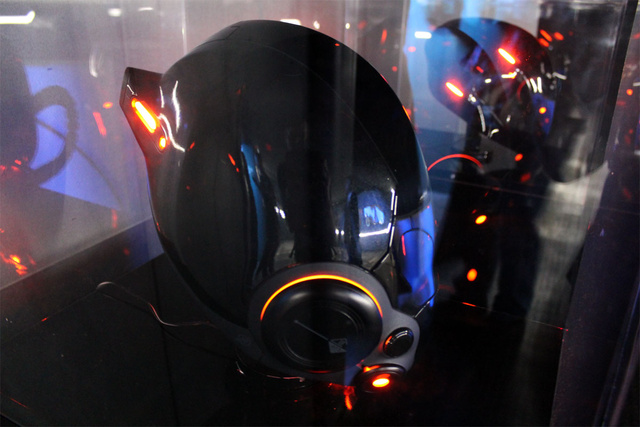 Take A Visual Tour Of Tron: Legacy's New 'Flynn's Arcade'
