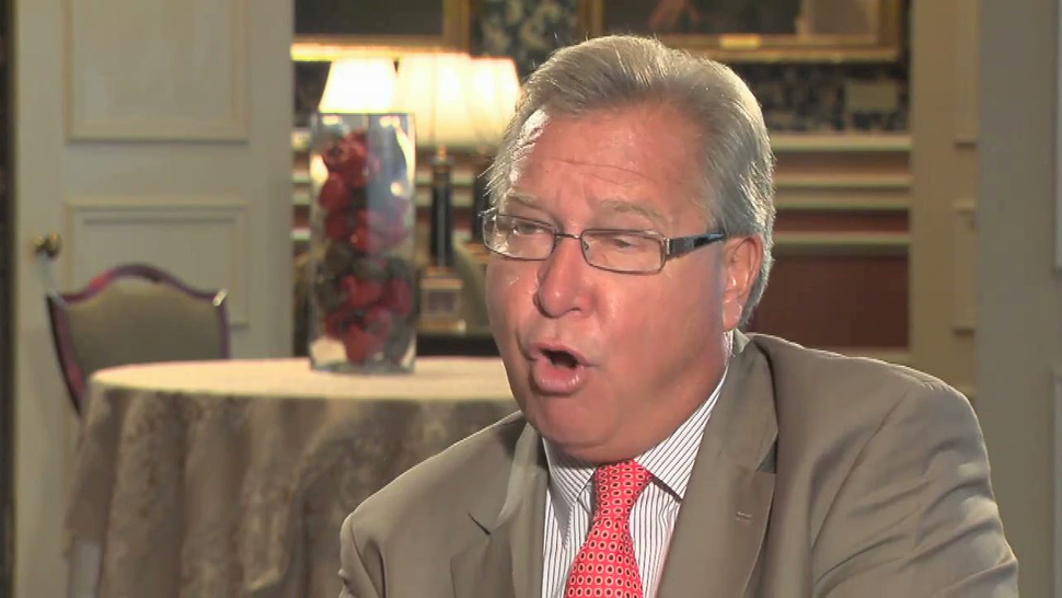 Ron Jaworski Gets Booted From The <em>Monday Night Football</em> Booth. THIS GUY IS HAPPY!