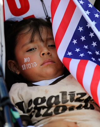 Baby-Dropping Immigrant Women Targeted By Republicans
