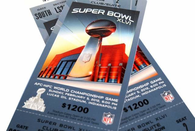 Woman Dumps Man Because He Has Cancer, Still Wants His Super Bowl Tickets