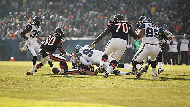 Here's The Brutal Back Injury That Led To Bears WR Johnny Knox Being Carted Off The Field
