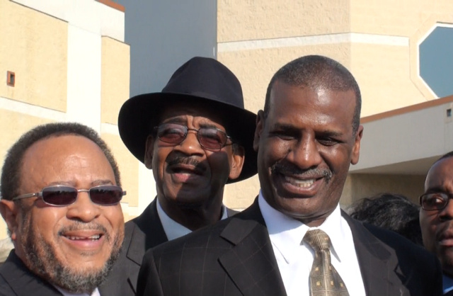 "It Takes A Nickel On The Ground To End A Michael Spinks Interview: A Vignette From Joe Frazier's ""Homegoing Ceremony"""
