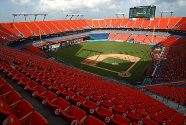 There Were 347 Fans At That First Reds-Marlins Game Yesterday