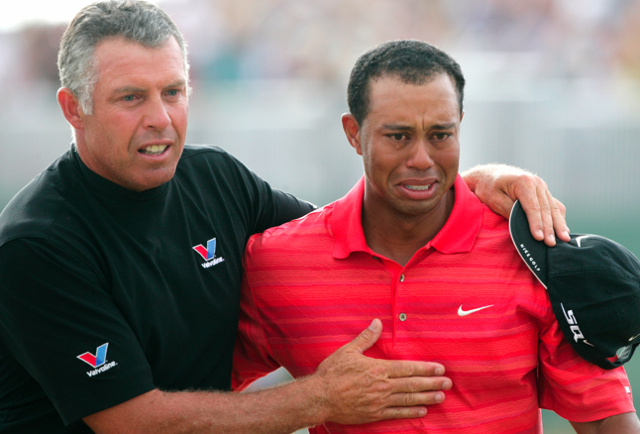 Tiger Woods Dumps His Longtime Caddie, Magically Solves All His Problems