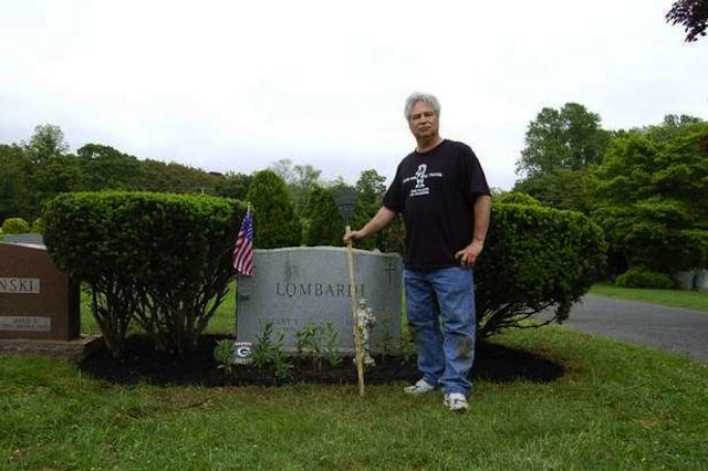 Only A Jets Fan Keeps Vince Lombardi's Grave From Being A Neglected Embarrassment