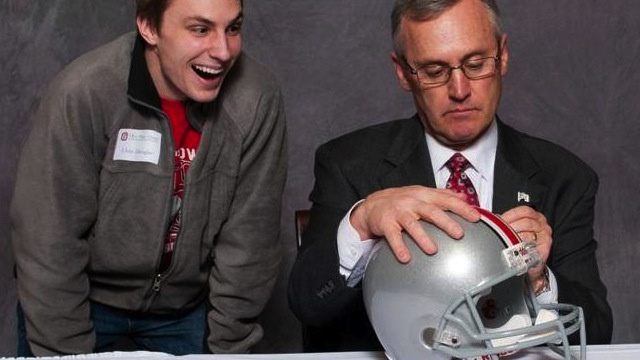 Photoshop Contest: Jim Tressel Signing Things!