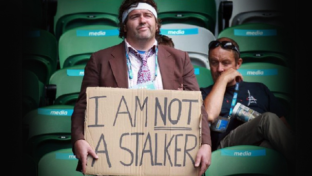 "Sharapova Stalker's Homemade ""I Am Not A Stalker"" Sign May Not Convey Intended Message"