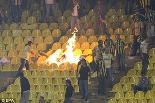 Turkish Soccer Fans Set Fire To Their Own Seats