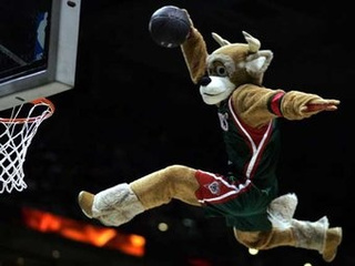Bango The Buck's First Post-Ladder-Dunk Interview