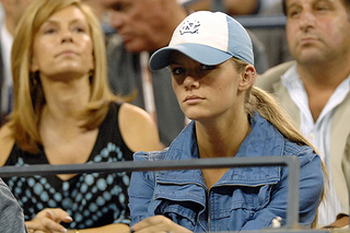 Roddickless: Even Sports Illustrated Prefers Brooklyn Decker To Her Husband