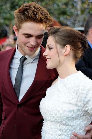 The Clothes Were Undead At The Twilight Saga: Eclipse Premiere