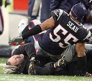 Junior Seau Is Not As Quick As He Used To Be