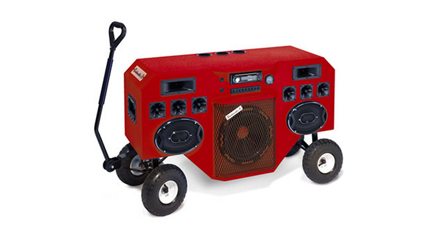 Click here to read Boomboxes Are Expensive When They're Big Enough To Need Wheels